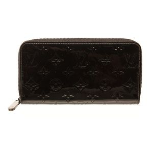 Louis Vuitton Black Vernis Monogram Zippy Wallet